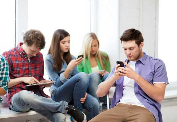 Smartphone Apps And Teens